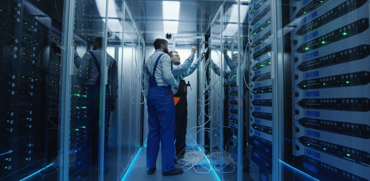 Leading Provider of Data Center Solutions Implements Connected Workplace Model